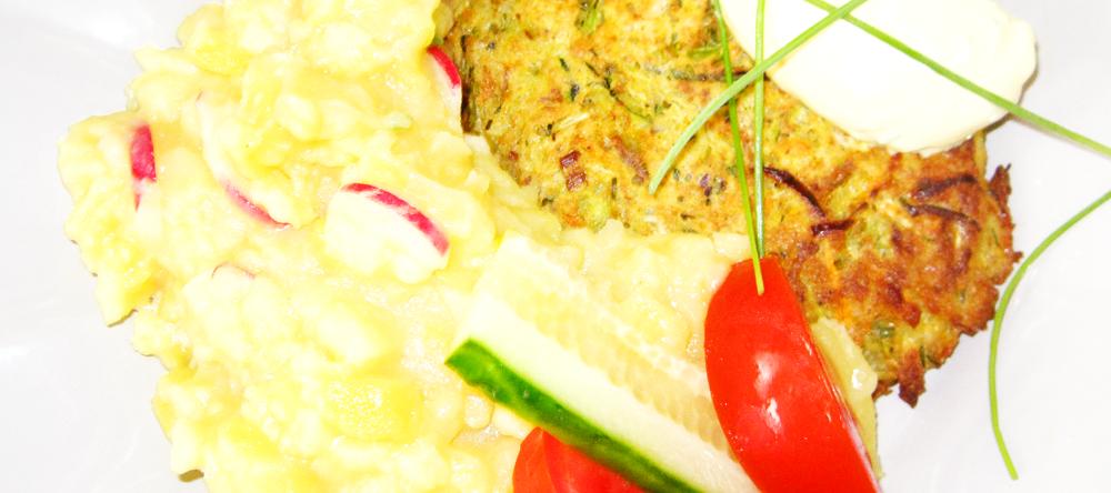 Gemüsebratling mit Kartoffelsalat